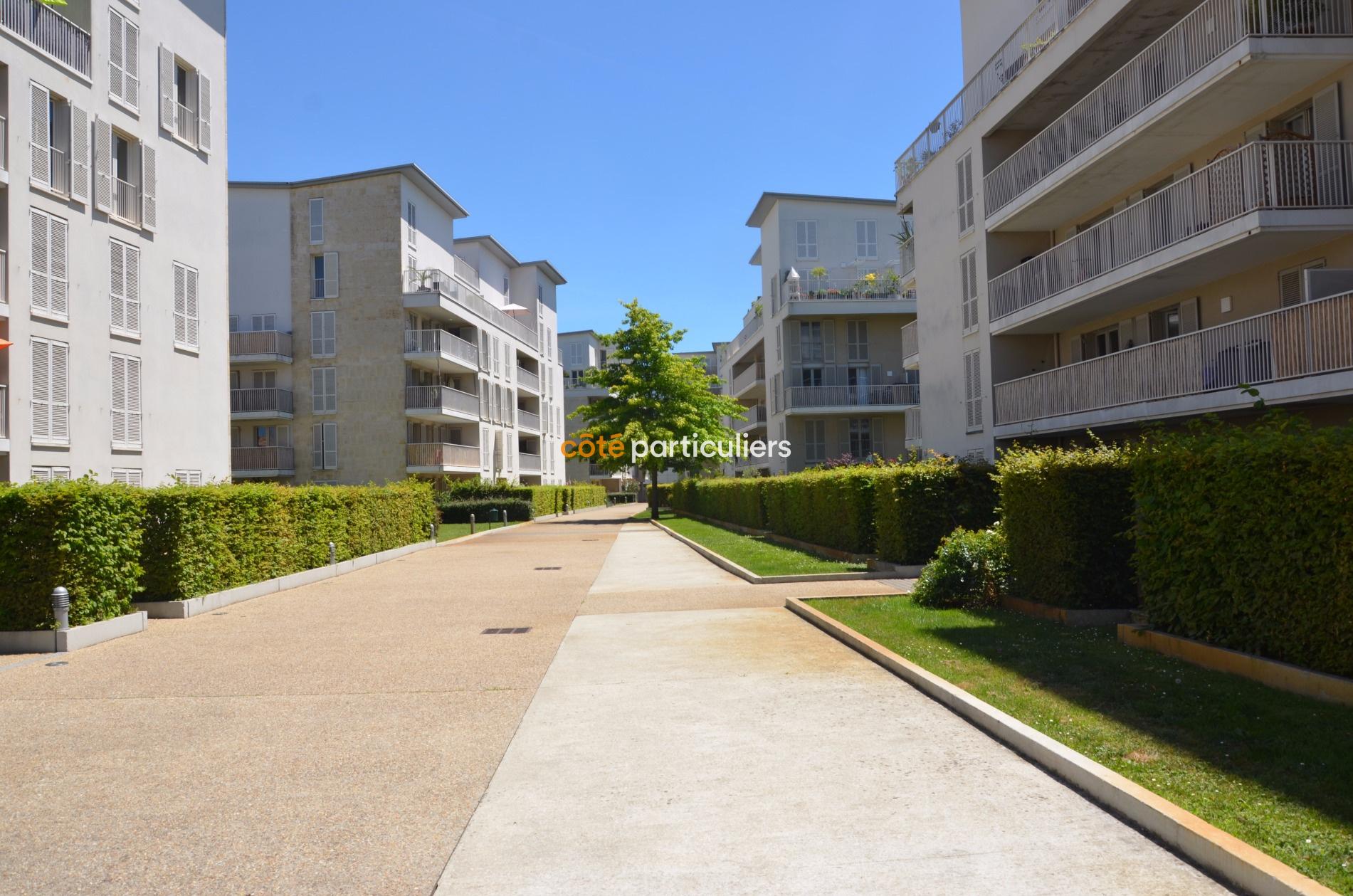 Vente t3 bordeaux bastide belle terrasse vue jardin for Appartement bordeaux jardin botanique