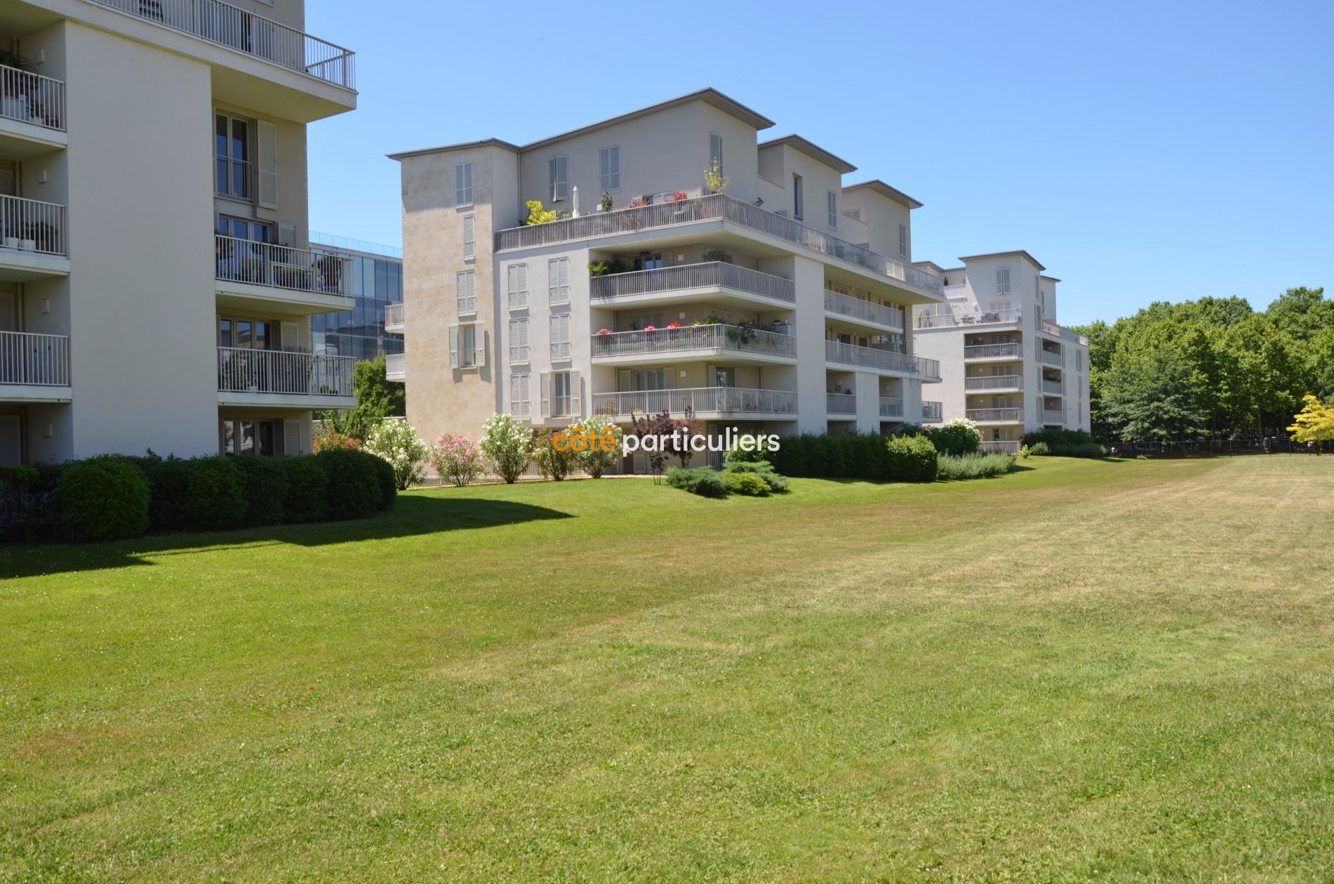 Vente t3 bordeaux bastide belle terrasse vue jardin for Vente appartement bordeaux bastide