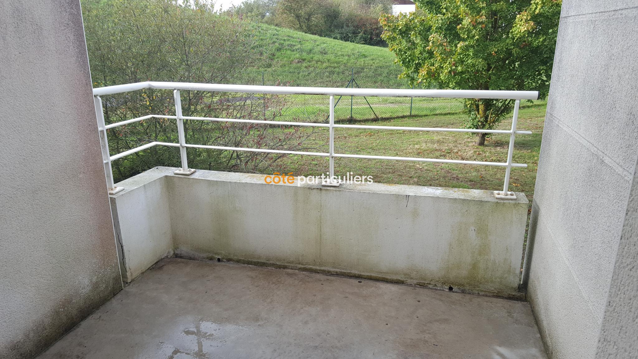 Construction De La Piscine De Vendome vente t2 dans rÉsidence avec piscine